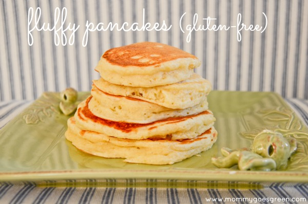 fluffy pancakes (gluten-free) on mommygoesgreen.com